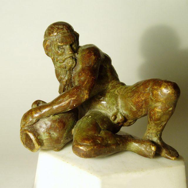 Cast a bronze statue